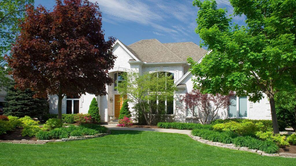 Lake St Louis Lawn Care, Landscaping Design & Installation and Hydroseeding