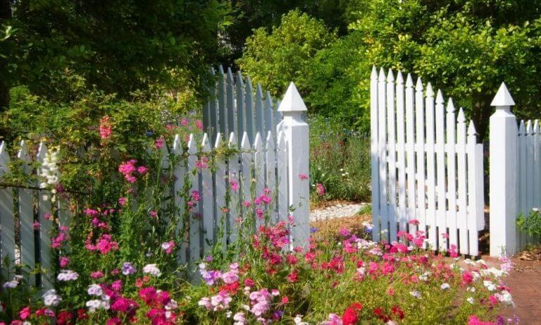 beautiful decorative garden fence